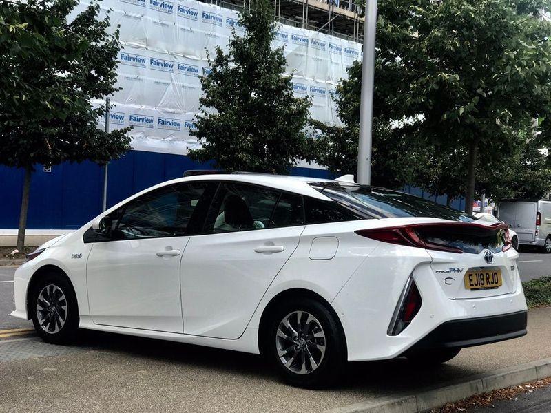 Toyota Prius 1.8 VVT-h Excel Hatchback 5dr Petrol Plug-in Hybrid CVT